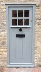 front doorCottages Doors, Art And Crafts Style, Style Doors, Oak Doors, Bespoke Doors, Doors Painting, Cottages Front Doors, Arts And Crafts, Doors Art