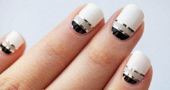 Nice.: Nails Trends, Nails Art, Nails Design, Silver Nails, Black Nails, Black White, White Nails, Nails Polish, Stripes Nails