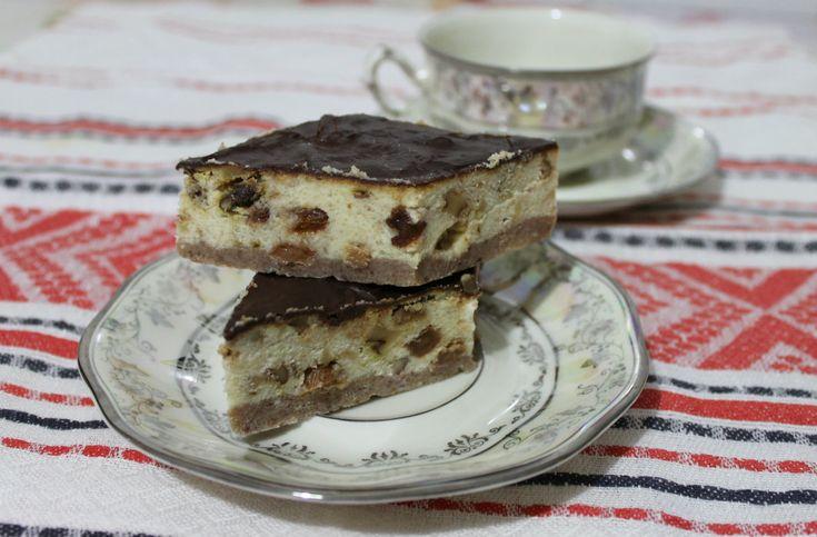 Quadrotti di ricotta con noci, uvetta e cioccolata! Un trionfo di gusti!