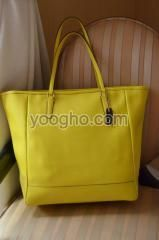 Tas Wanita Coach Saffiano Leather Medium Tote Honey Bee (Original)