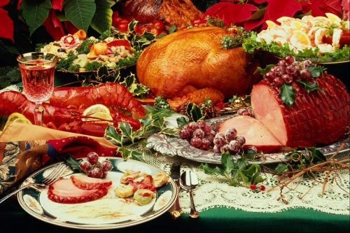 Christmas Traditions: the traditional American Christmas Dinner includes a roast turkey, beef, ham, or pork, with roasted root vegetables, brussels sprouts, & mashed potatoes. The desserts include  plum or Christmas puddings, trifles, marzipan, sugar cookies & fruitcake. Pies are also common (pumpkin, apple or gooseberry pies) & don't forget the mince pies. The most popular American Christmas Drink is eggnog - dash of rum/brandy & ounce of triple sec into some eggnog & sprinkle with nutmeg