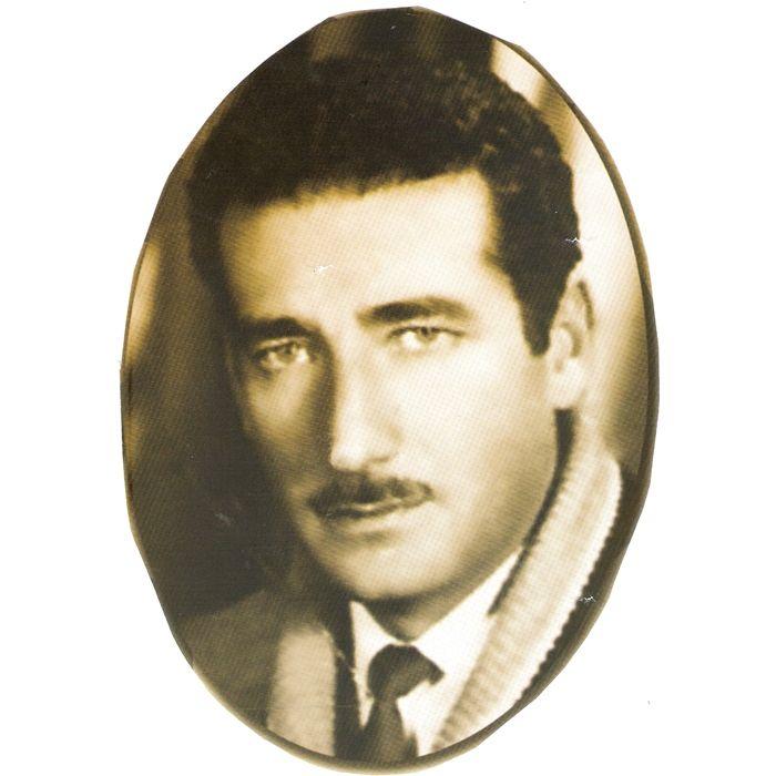 """""""Los días inútiles"""", del mexicano Jaime Sabines (1926-1999), es el poema clásico que he escogido para ti esta semana. http://ciudadseva.com/texto/los-dias-inutiles/"""