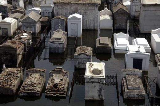 New Orleans Vampire Clubs | One of the flooded New Orleans Cemeteries during Hurricane Katrina
