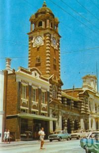 Post Office, Ipswich, c1974. Postcard folder by Sydney G Hughes Pty Ltd, collection.
