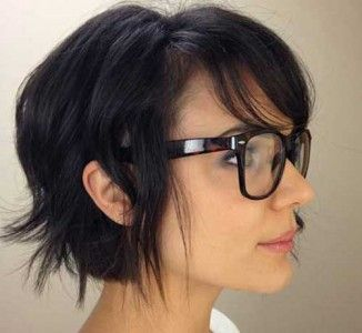 15 Cute Short Haircuts for Thick Hair