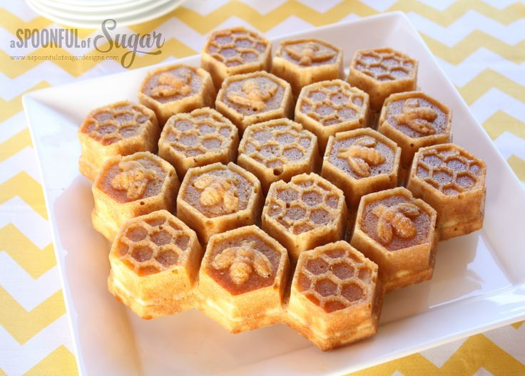 The honey cake is a delicious cake covered with a honey glaze. Made in a honeycomb pull apart pan, it is perfect for sharing in a large group.