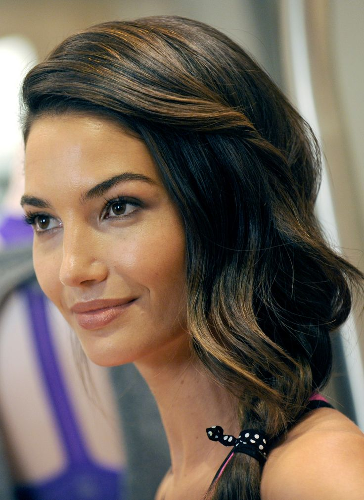 Hi, my name is Lily Aldridge. I'm a goddess mermaid princess that shits sparkles that smell like daisy's. OMG she is perfect and I love her!