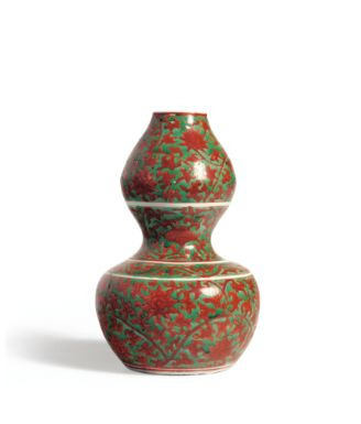A RED AND GREEN 'LOTUS AND LINGZHI' DOUBLE-GOURD VASE MARK AND PERIOD OF JIAJING - Sotheby's