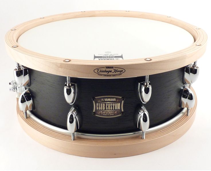 Yamaha club custom 14 5 5 black wood with free wood hoops for Yamaha stage custom steel snare drum 14x6 5