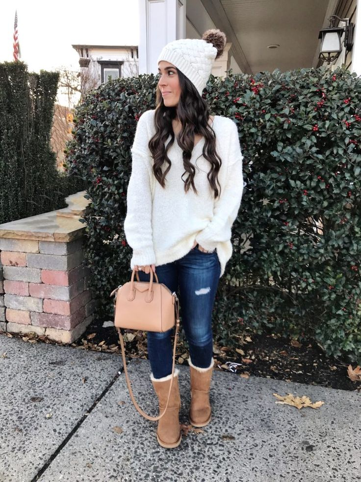 Winter white outfit | Cozy UGG boots