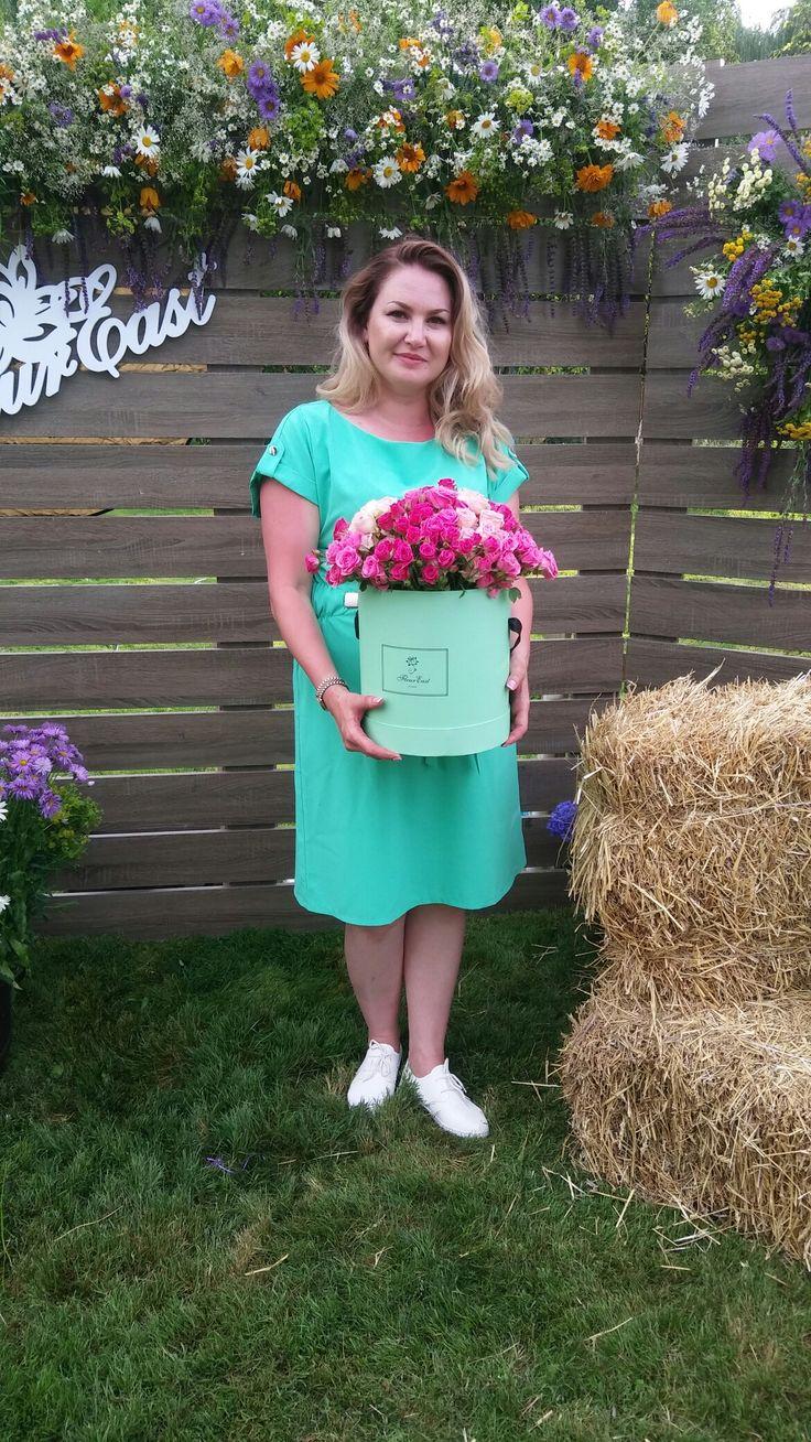 Ученица Анжела и ее цветочный салон FleurEast
