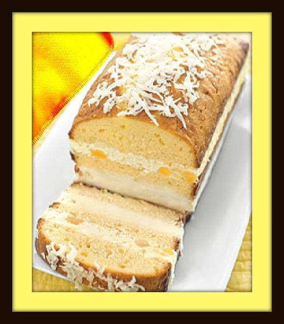 Gâteau de crème glacée Pina Colada  Ingrédients  2 gros oeufs  1/2 tasse de crème épaisse  1/4 tasse d'or de rhum  1 tasse de farine de gâteau  1/2 tasse plus 1 c. à soupe sucre $  1/2 cuillère à café de levure  1/4 c. àthé de sel  beurre 1/4 de livre (1 bâton) non salé, ramolli $  1/2 tasse sucrée en flocons de noix de coco  1/2 tasse égoutté en conserve ananas broyés  crème glacée noix de coco 1 chopine, ramollie