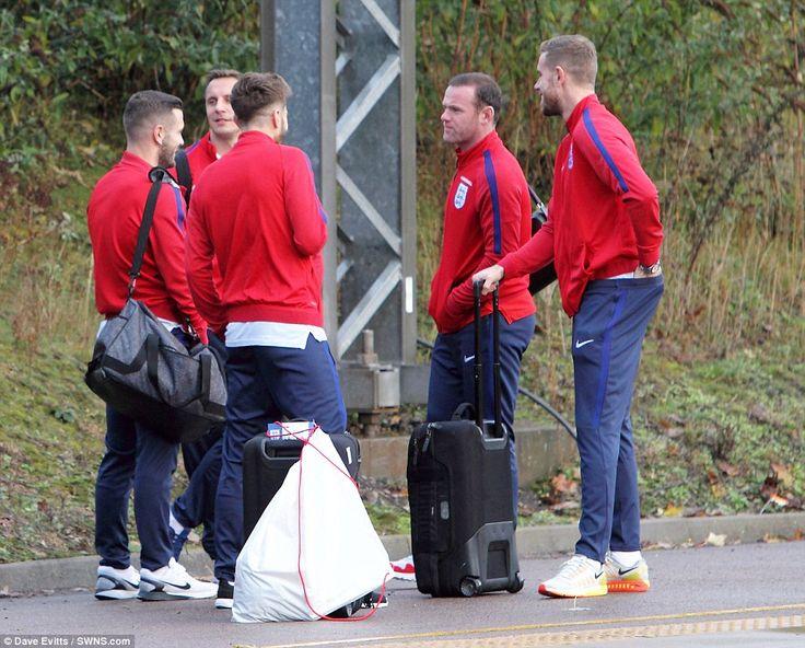 Phil Jagielka (centre left), Jack Wilshere (left), Adam Lallana (centre), Wayne Rooney (ce...