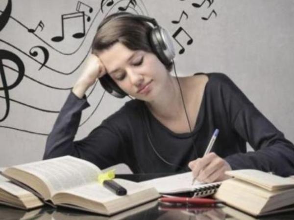 Suka Dengarkan Musik Klasik? Ini Dia Manfaatnya
