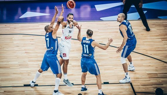 L'oeil de Fred Weis – «Contre la Grèce, il faudra monter de trois crans défensivement» -  Médaillé d'argent aux Jeux Olympiques 2000 à Sydney, de bronze aux Championnats d'Europe en 2005, Fred Weis fut un cadre de l'équipe de France de basket durant huit ans, entre… Lire la suite»  http://www.basketusa.com/wp-content/uploads/2017/09/image-570x325.jpg - Par http://www.78682homes.com/loeil-de-fred-weis-