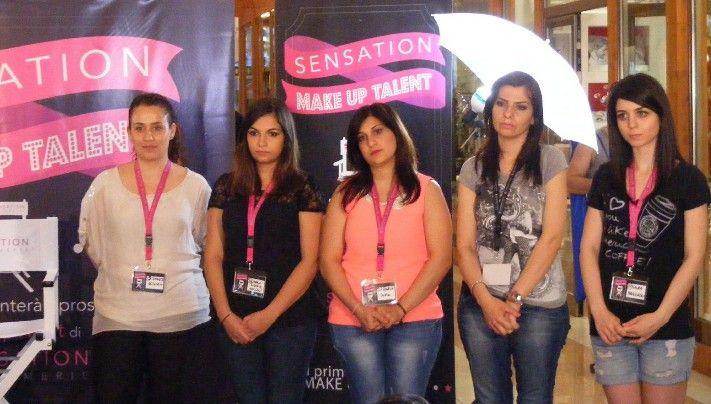 Le candidate:  da sinistra Gregorio Simonetta, Marcianò Maria Rosaria, Spinelli Laura, Colacino Rosa e Marrazzo Laura