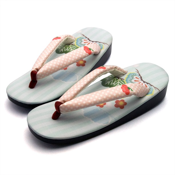 Zouri , Japanese sandals, with good luck newyear's motifs.