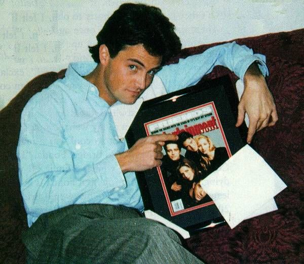 Matthew Perry back in the day//Pinterest: juliabarefoot