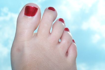 How to Whiten Toenails - 1 TBSP hydrogen peroxide with 2-1/2 TBSP baking soda to form a pasty solution. Place on top of and underneath nails; let sit for 3 minutes, gently buff with a toothbrush, rinse, voila whiter nails on top and beneath nail ridge. (Alternate finds: Denture tablets in a foot soak, or Whitening toothpastes scrubbed onto nails gently)