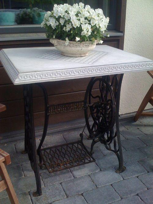 Ett bord i betong