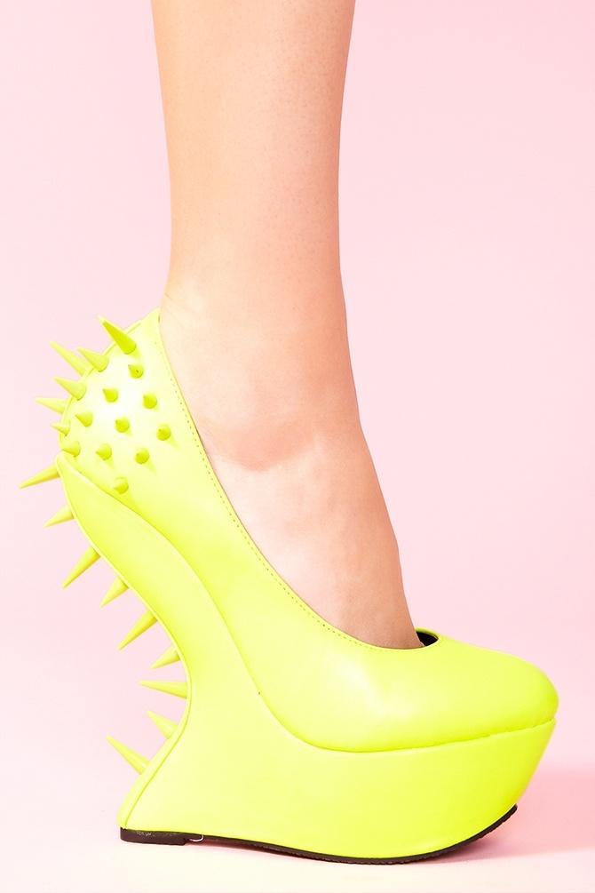 Jolt Spike Platform in Neon Yellow