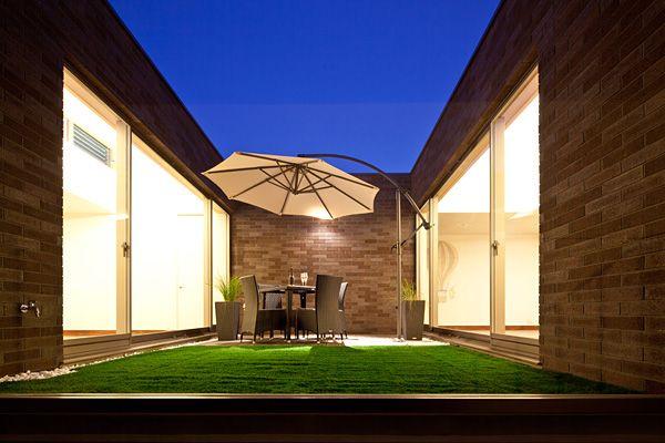 コンクリート造・RC造の家 | スカッシュコートのある家 | アーキッシュギャラリー