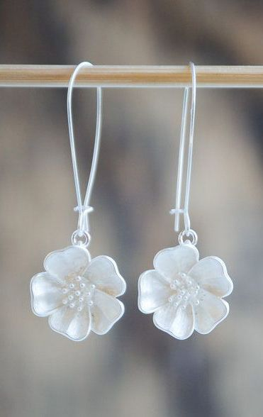 Silver FLOWER Earrings Nature Modern Wedding