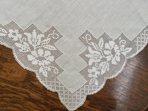 Vintage Linens Filet Lace Table Runner Floral Openwork Etsy In