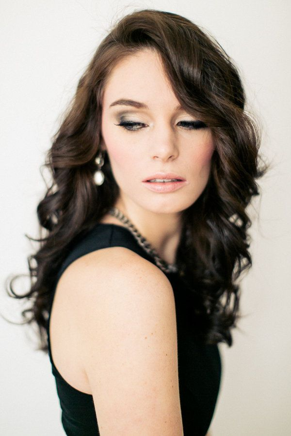 Sultry: airbrushed face with semi smoky eyes, bold liquid liner, clean and structured complexion and nude lip.