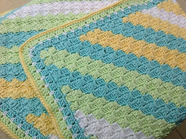 Ravelry: Project Gallery for Corner-to-Corner Throw pattern by Catherine J. Watson