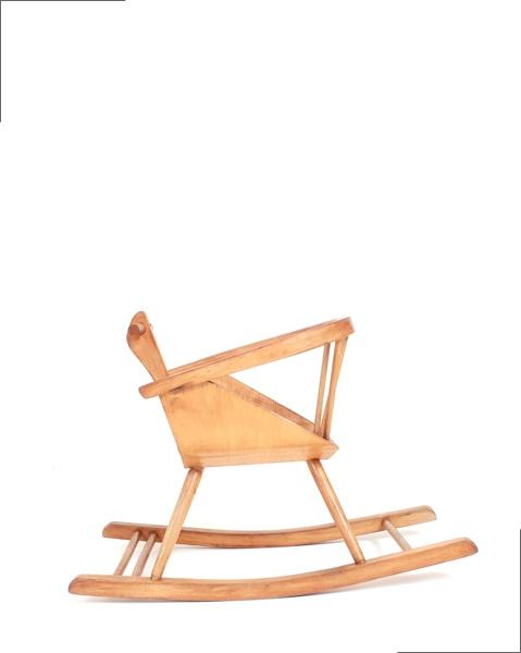 1000 id es sur le th me vintage rocking chair sur for Chaise a bascule scandinave