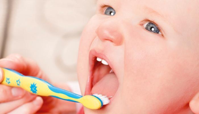 علاج أسنان الأطفال Pacifier Lens