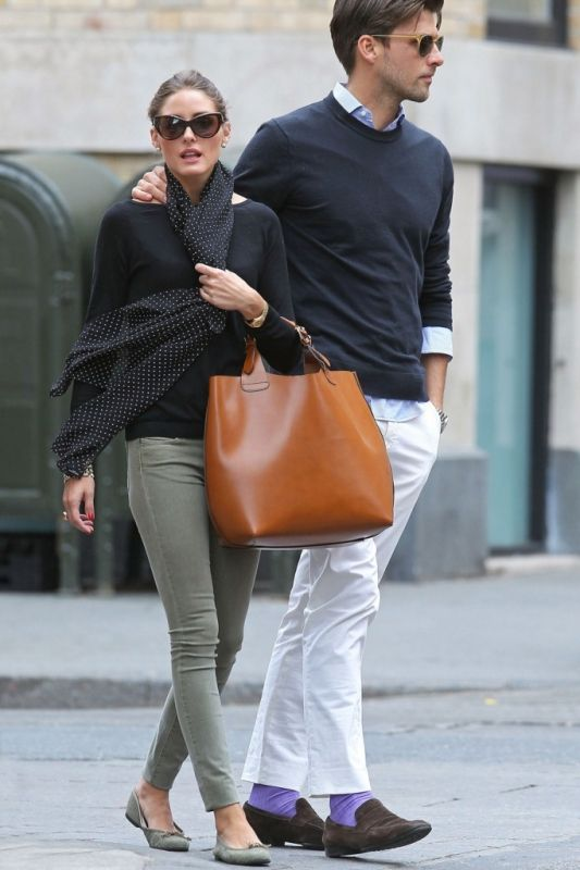 Olivia Palermo: Sock, Shopper Bags, Polka Dots, Skinny Jeans, Pants, Outfit, Scarves, Olivia Palermo, Big Bags