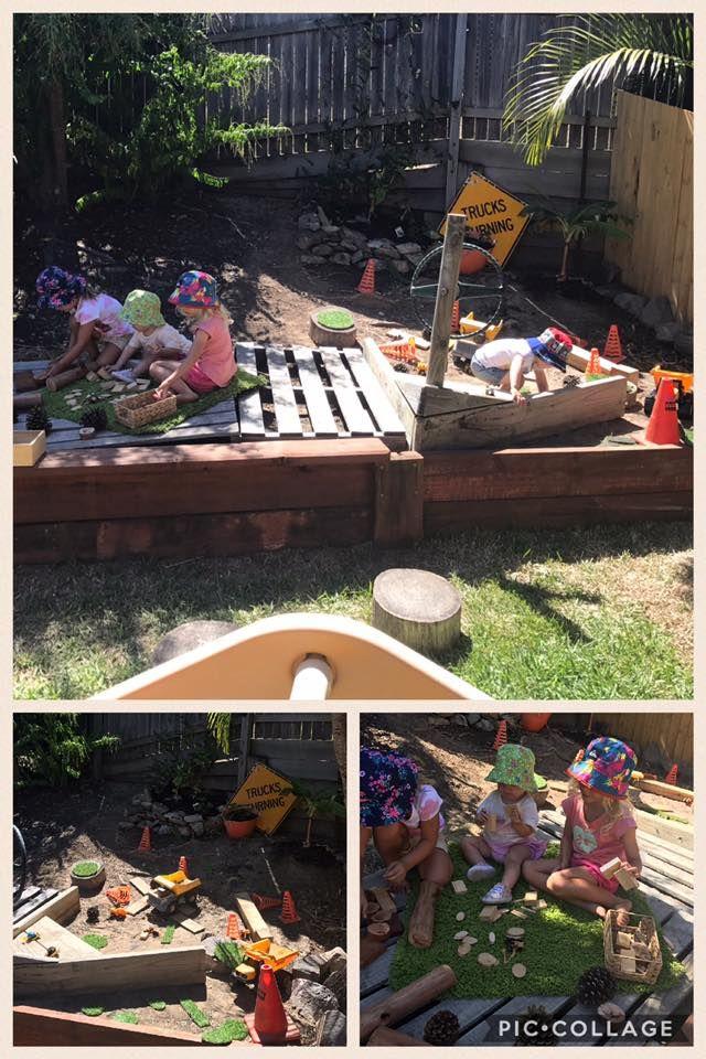 Construction Zone - Careful children at work !