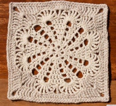 """Free pattern for """"Enough Love to Go Around Square""""."""