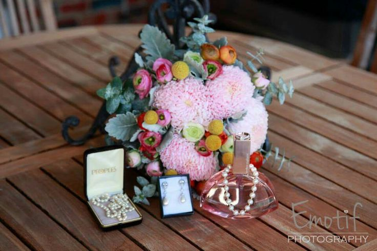 Bouquet with jewellery