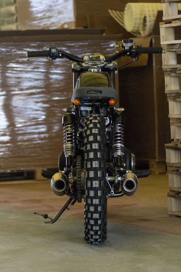 Suzuki GSX #entrophymotorbike #caferace #motos #suzuki