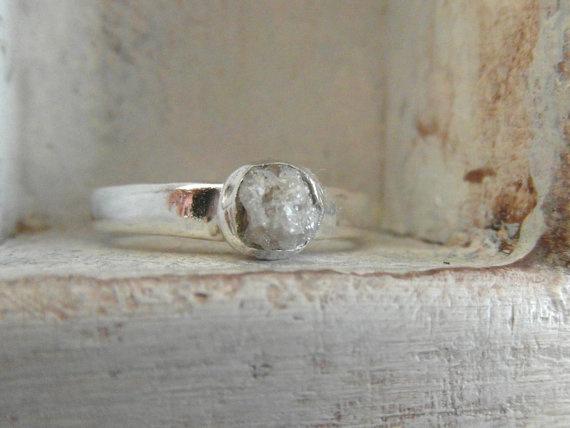 bague de diamants bruts promesse par EnzoLuccati sur Etsy, $255,00