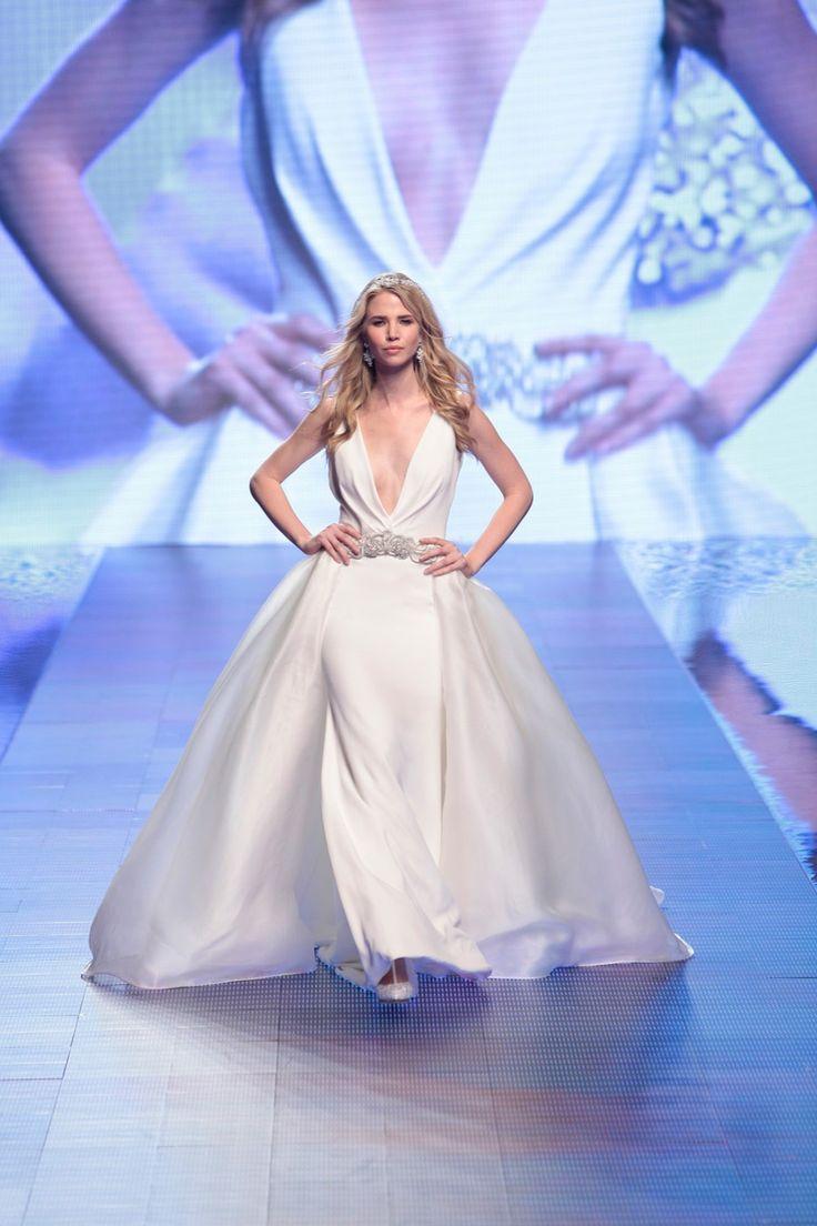 Fashion bride 2016 - Collection ALESSANDRARINAUDOLOOKBOOK. TECLA ARAB16631. Wedding Dress Nicole.