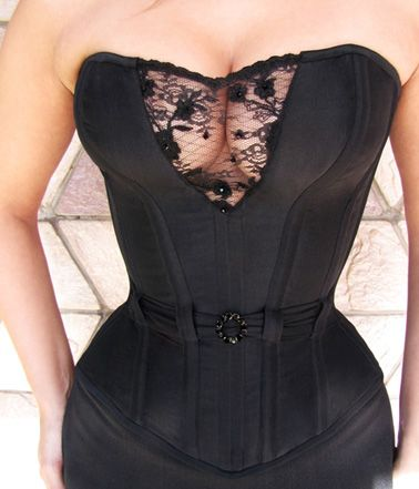 ROYAL 04: Pure silk dupioni Overbust with crystal Swarovski embroidery lace. By Black Cat Corsets. I love the lace detail over the bust