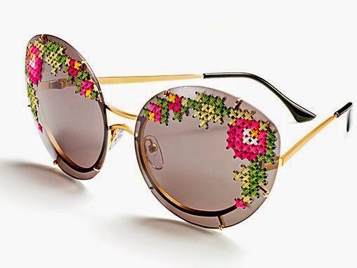 Lia&Co.: Óculos bordados com ponto-cruz