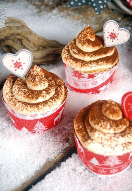 """Pink Sugar: """"Tiramisu Cupcakes"""" - Genießermomente zu Weihnachten"""