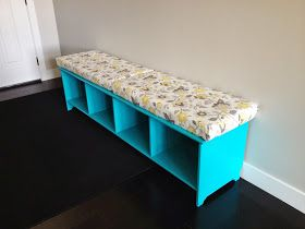 Bright blue turquoise entry bench with easy-to-sew cushions. How to make an entry way bench. Easy DIY for beginner sewers and crafters. #entry #bench #diy