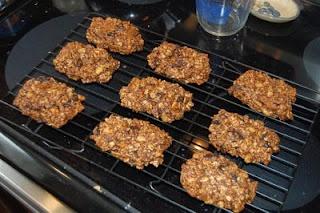 best homemade granola bar recipe- just like Cliff Bars but better