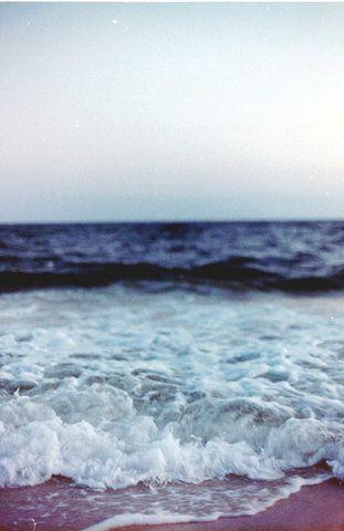 Sea green, see blue.