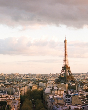 This couple's wedding at Hotel Le Bristol overlooked the Eiffel Tower: Jador Paris, Romantic Parisians, Pink And Gold Destinations, Paris Dreams, Paris France, Parisians Gardens, Parisians Wedding, Destinations Wedding, Destination Weddings