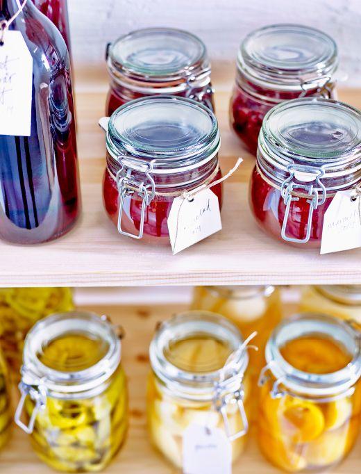 Oltre 25 idee originali per etichette per conserve su pinterest etichette vaso conserva - Bottiglie vetro ikea ...