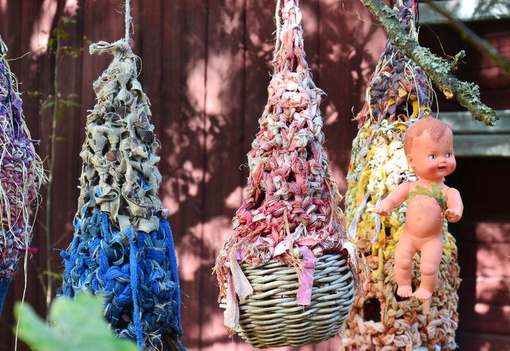 """ Where is my nest?"" (..refugees..) Nests in Villa Kauklahti Espoo 2015"