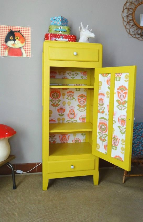 meuble retro jaune interieur