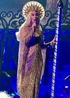 Cher News: 'Classic Cher' Opening Night! Costumes & Set-List ...